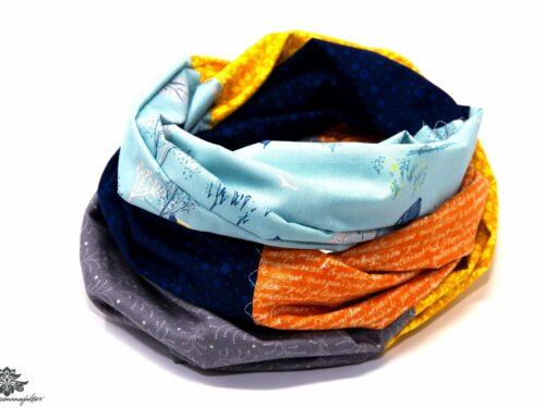 Blaues Tuch mit grau