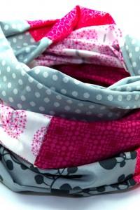 Hochwertige Schals und Tücher