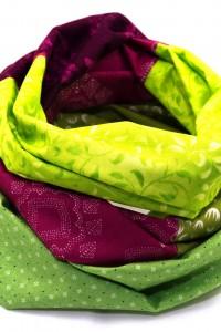Kleidung aufpeppen Farbe Loop Schal grün berry