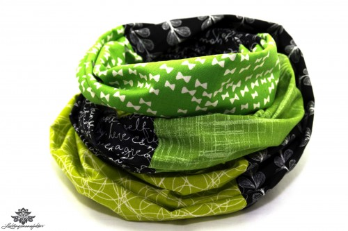 Kleidung aufpeppen Farbe Loop Schal grün schwarz