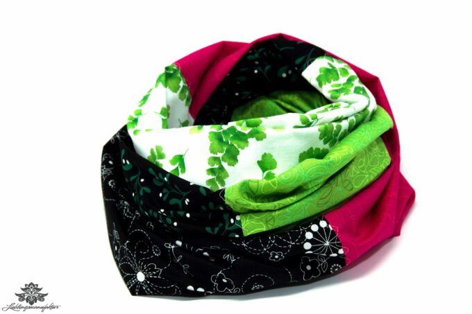 Schal Sommer grün schwarz pink