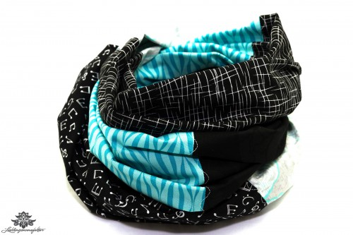Schal blau schwarz weiss