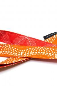 Schluessel verloren Schluesselband orange rot