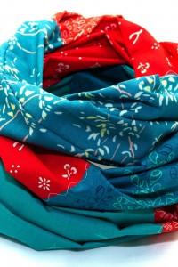 Tuch türkis blau rot