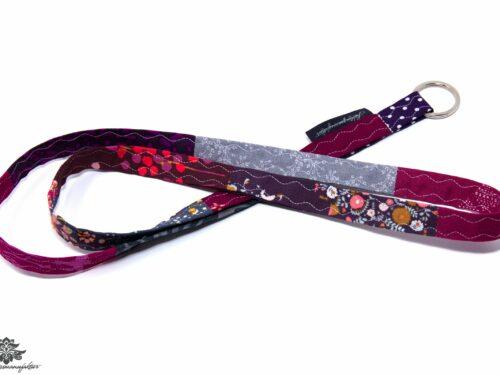 Schlüsselband lila berry