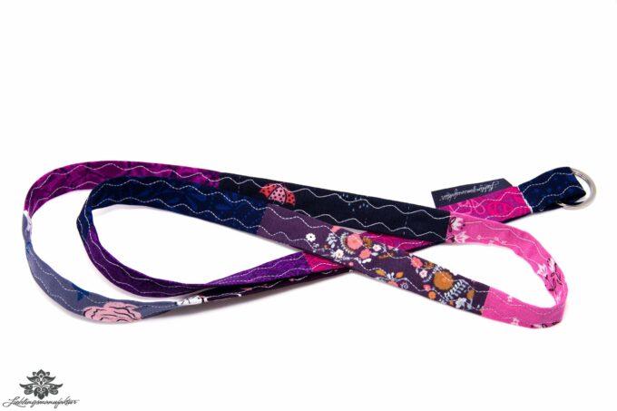 Schmales Schlüsselband bunt dunkelblau pink