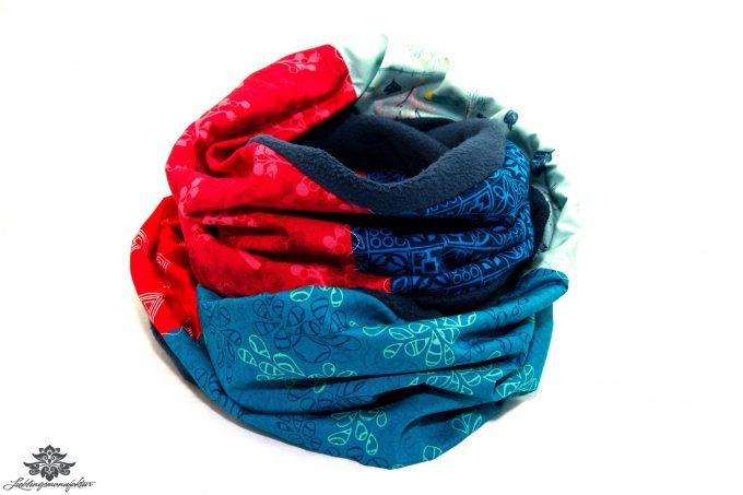 Bunter Schal rot blau