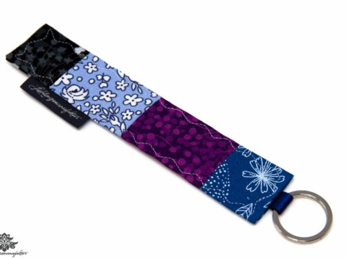 Patchwork Schlüsselanhänger blau