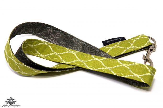 Schlüssel verlegt Schlüsselband Blümchen Blätter grün