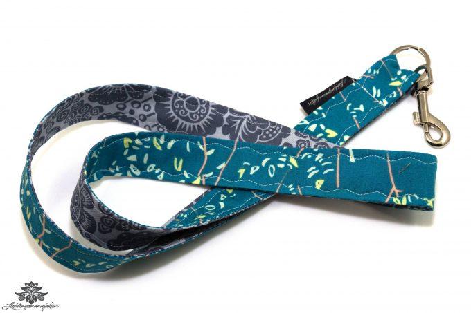 Schluessel wiederfinden Schluesselband blau Blumenmuster