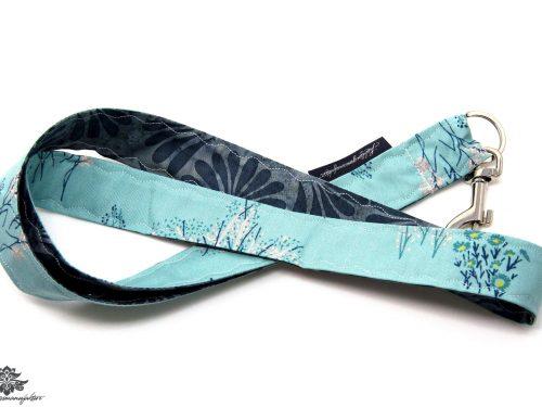 Schluessel wiederfinden Schluesselband blau grau