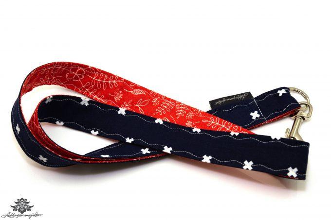 Schluessel wiederfinden Schluesselband dunkelblau rot