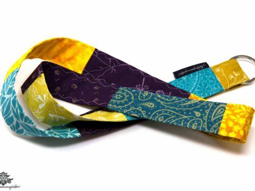 Schluessel wiederfinden schluesselband Farbe lila tuerkis gelb
