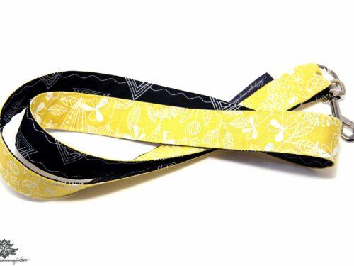 Schluesselband florales Muster gelb schwarz