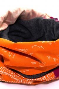 Winterschal lila orange