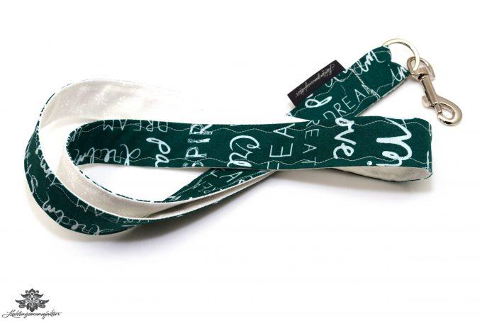 Schlüsselband Lanyard Schrift grün