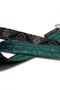 Schlüsselband grün Schrift