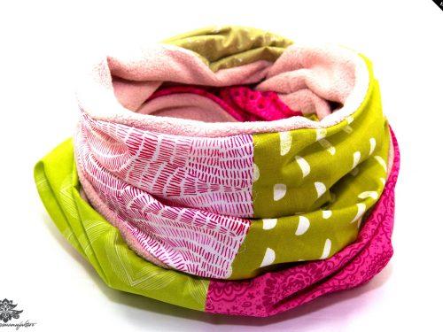 Schal Winter grün rosa pink