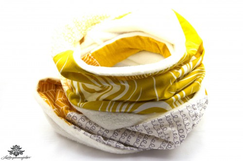 Schal gelb weiss