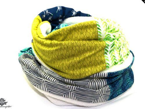 Schal grün blau