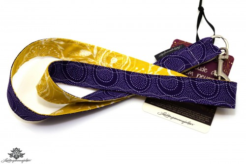 Schlüsselband Karabiner lila