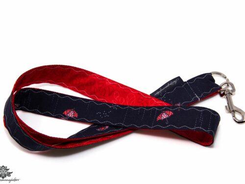 Schlüsselband Muster dunkelblau rot