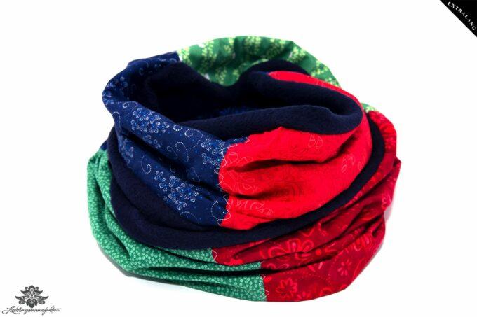 Rot blauer Schal