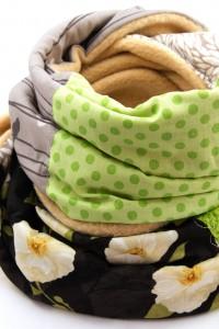 Schal beige grün
