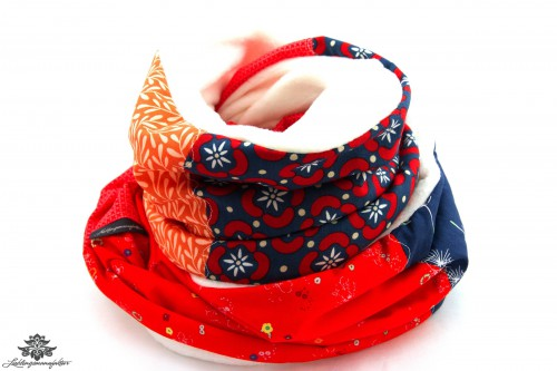 Schal blau rot