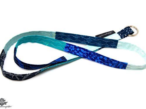 blaues Schlüsselband