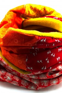 Schal gelb rot