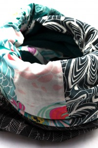 Schal grau schwarz bunt