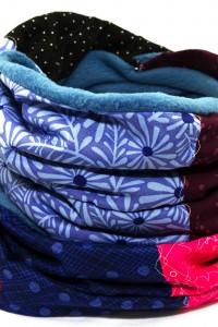 Langer Loop blau pink Blumenmuster