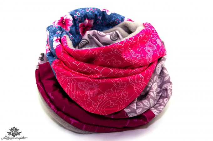 Loopschal Winter violett pink