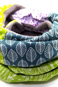 Schal grau grün