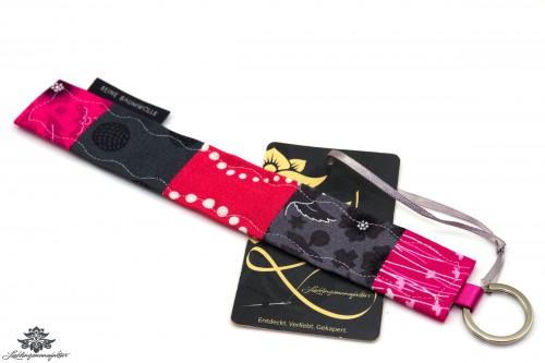 genähter Schlüsselanhänger pink