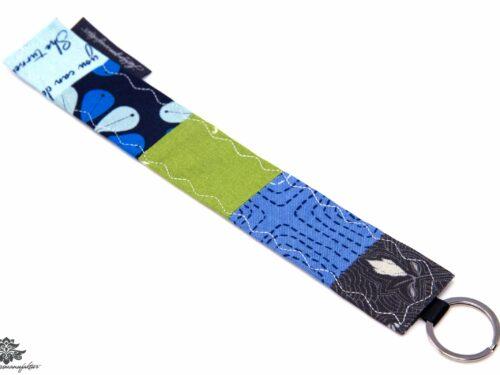 Blauer Schlüsselanhänger