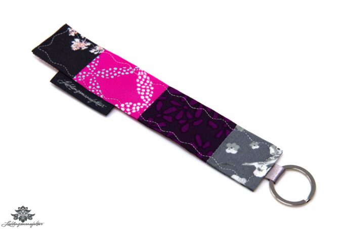 Schlüsselanhänger lila pink